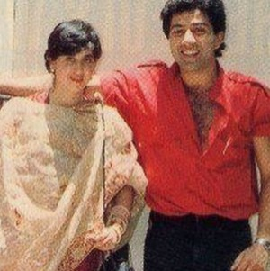 sunny deol with his wife